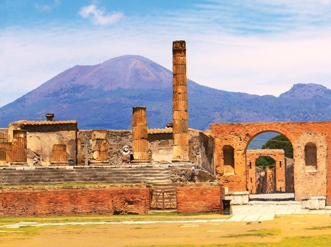 Pompeii and Wine Tasting at the Foot of Mount Vesuvius