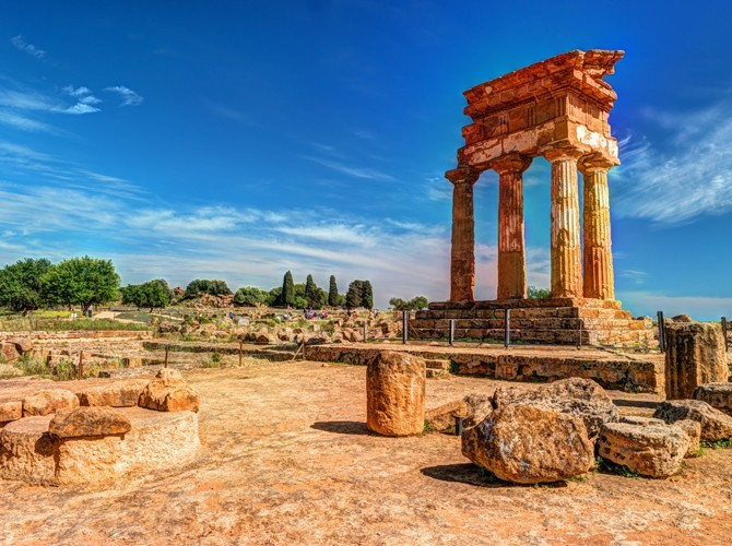 Agrigento Archeology Tour with Picnic